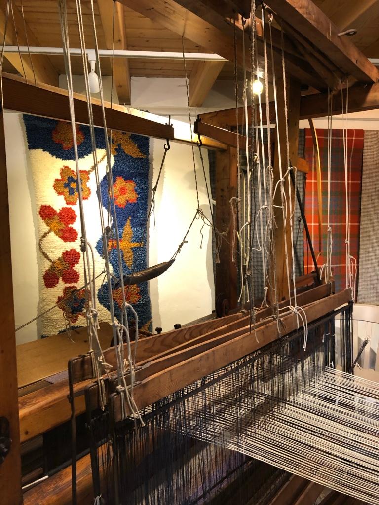 Loom and rug